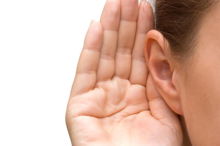 listen to music when learning how to play piano by ear using chords