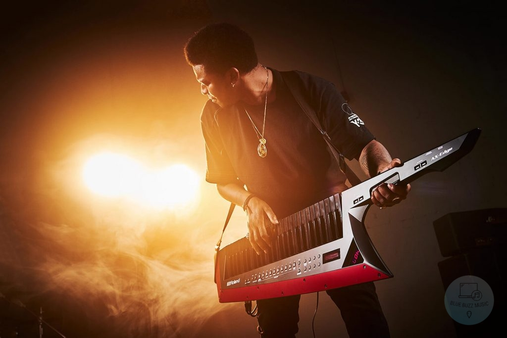 Tips To Get Better at Playing Keytar - how to play keytar