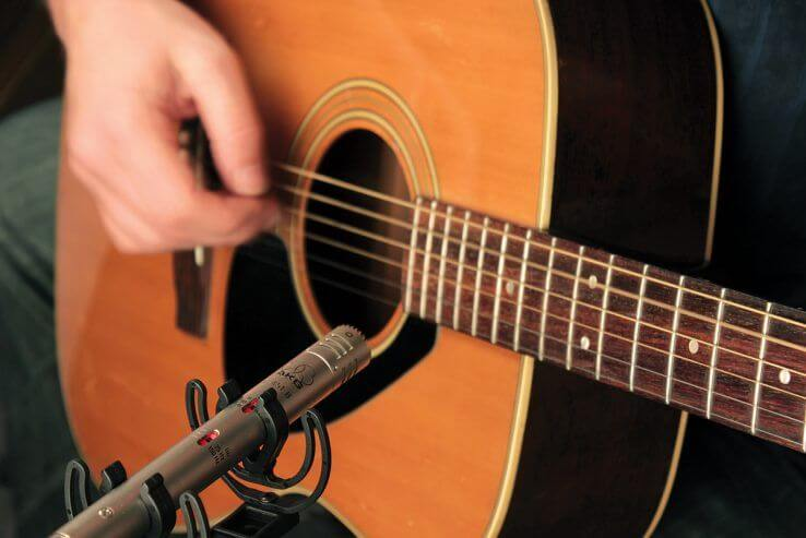 whats best mic for electric guitar and bass condenser or dynamic