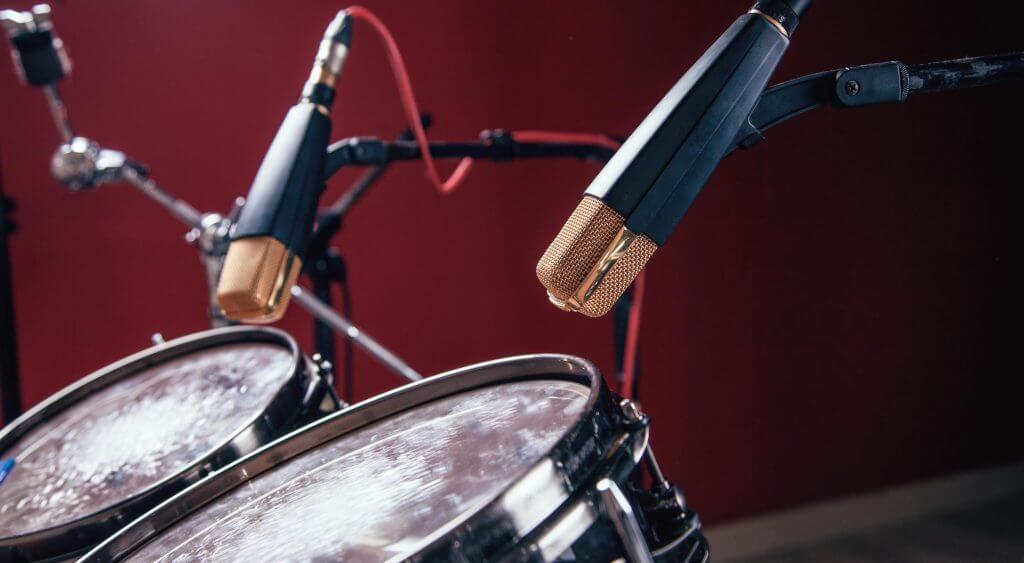 whats the best microhpone for drums condenser or dynamic