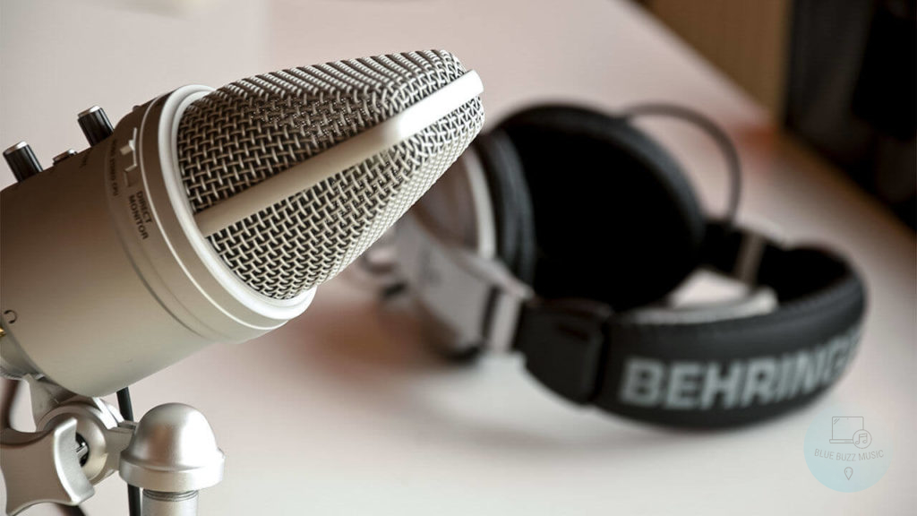 How to Choose the Best Microphone for Streaming and Podcasting