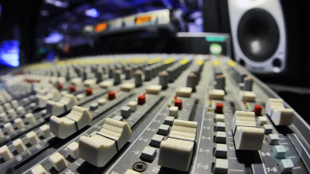 how to become a songwriter for a record label - easy, fast tips and tricks, steps