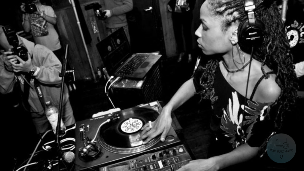 how to legally dj music - do djs pay royalties - yes