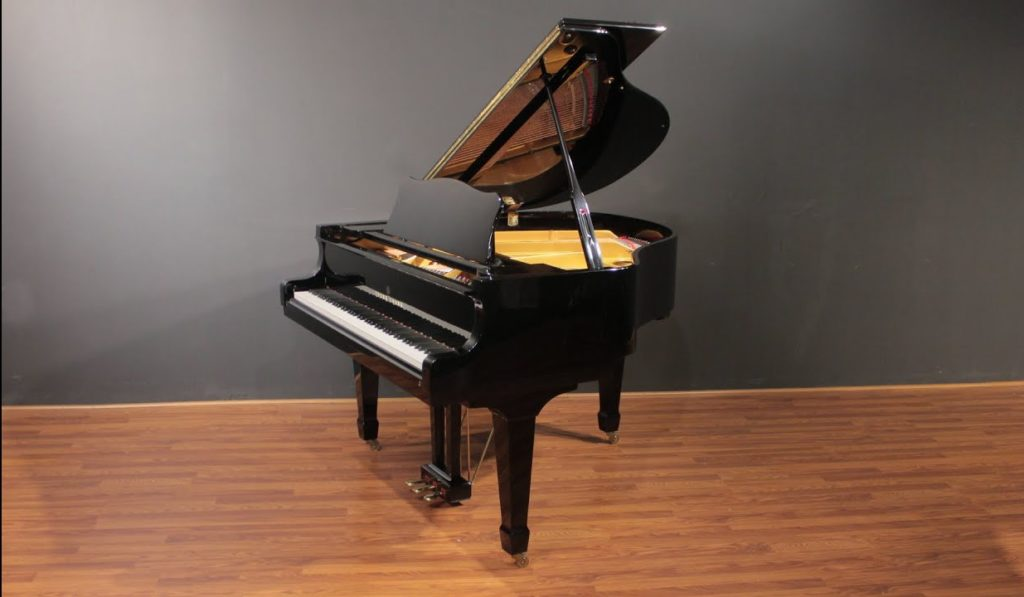 Baby Grand Piano dimensions and prices - grand piano vs baby grand piano