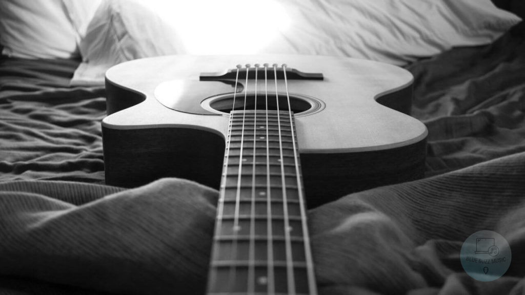 popular famous 2 chord songs to play on guitar and ukulele for beginners