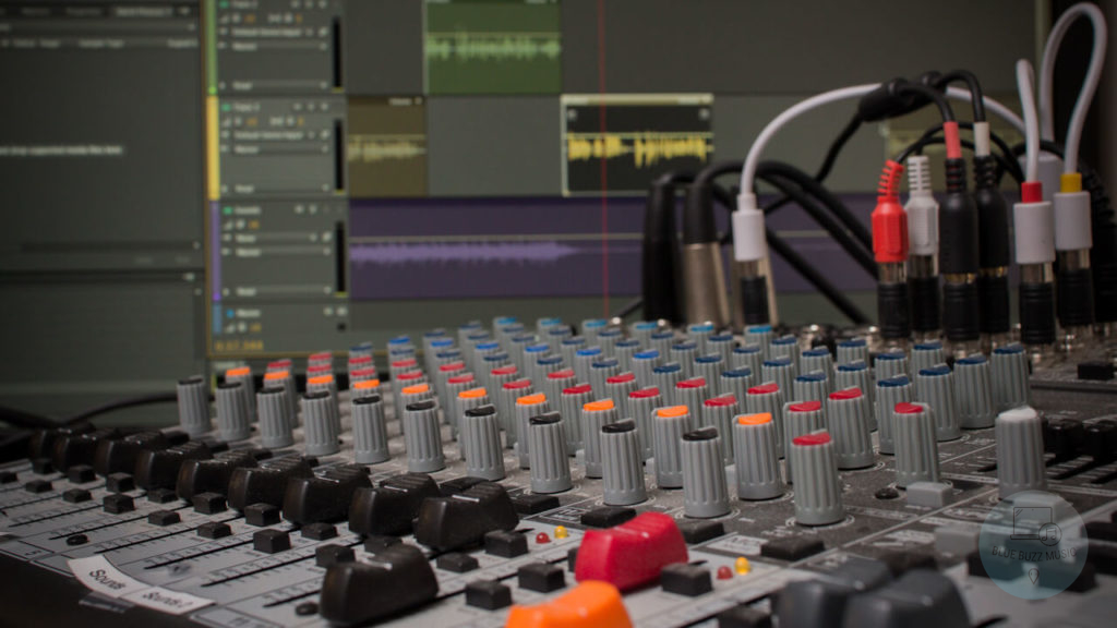 SM57 Vs SM58 For Podcasting – Which Is Better