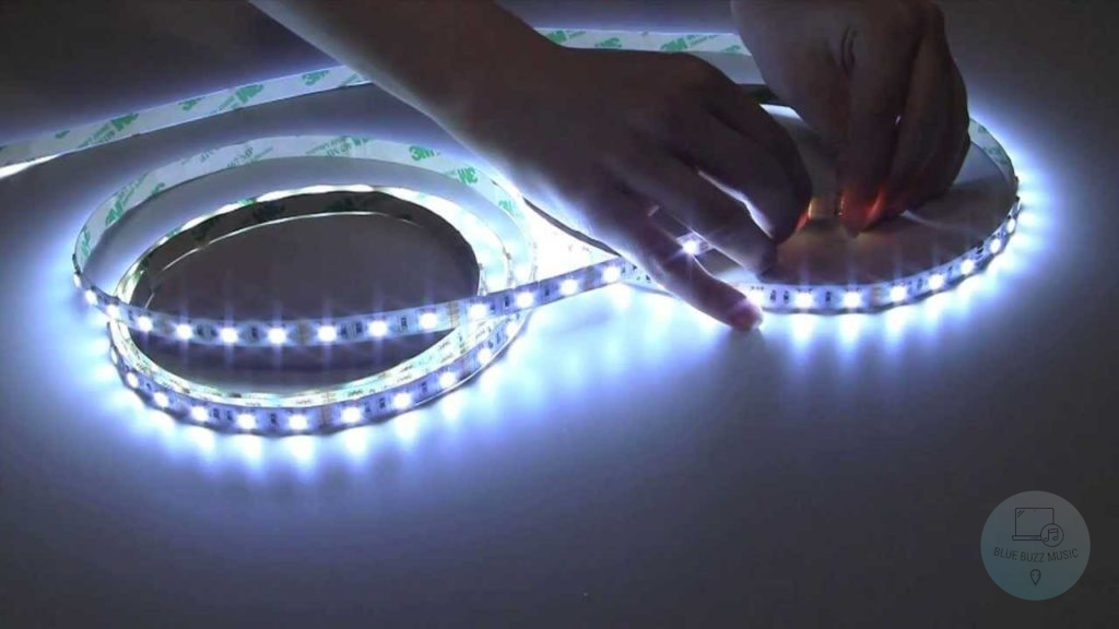can you connect two different brand led strips - how many lgiths can you daisy chain dmx - how do you light a daisy chain stage