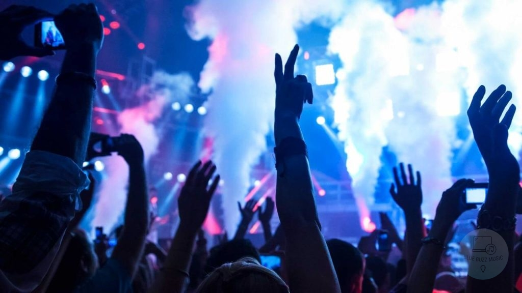 Buyer's Guide - Best Party Speakers with Bass