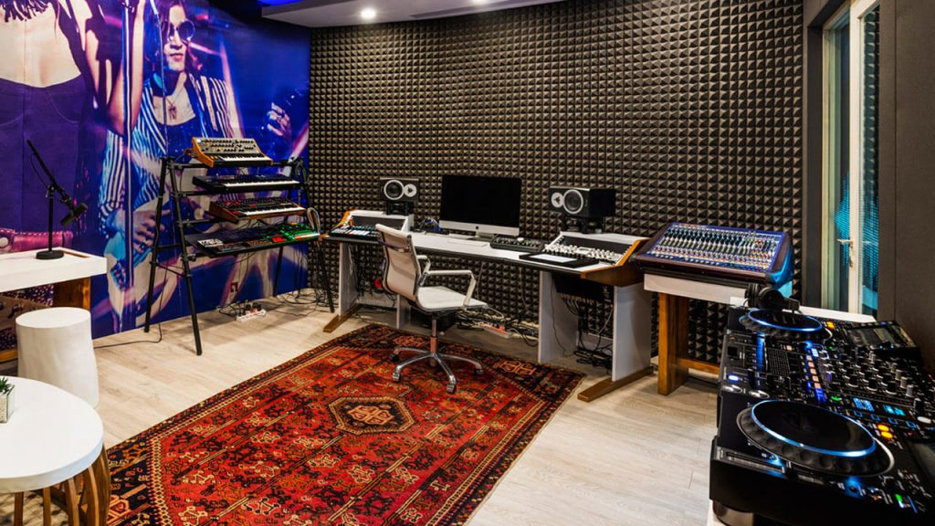 when you build a music studio, how to take care of home recording studio design?