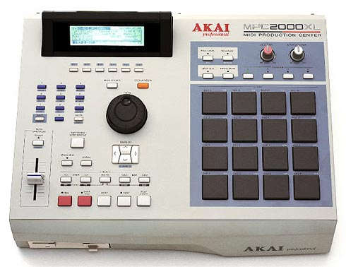 Akai MPC2000XL Sampler - classic beat sampler and mpc by akai - best groovebox for beginners