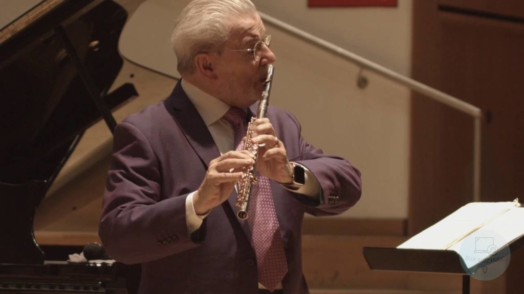 Sir James Galway popular flute player