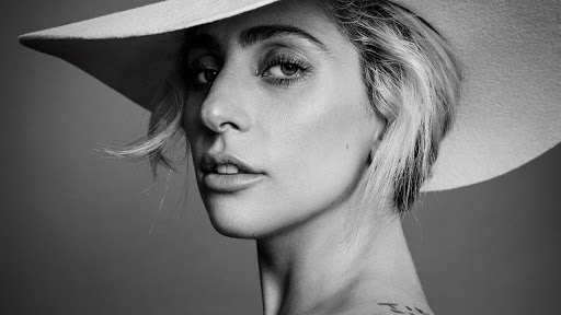 Lady Gaga vocal octave range - famous singer pop movie start high vocal range