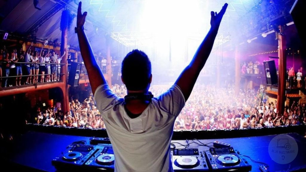 Club DJs in the United States - public performance license information