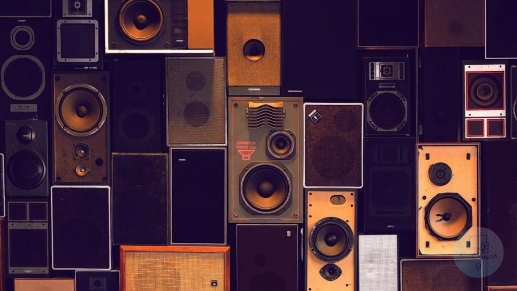 Why You Need Powered DJ Speakers - buyers guide