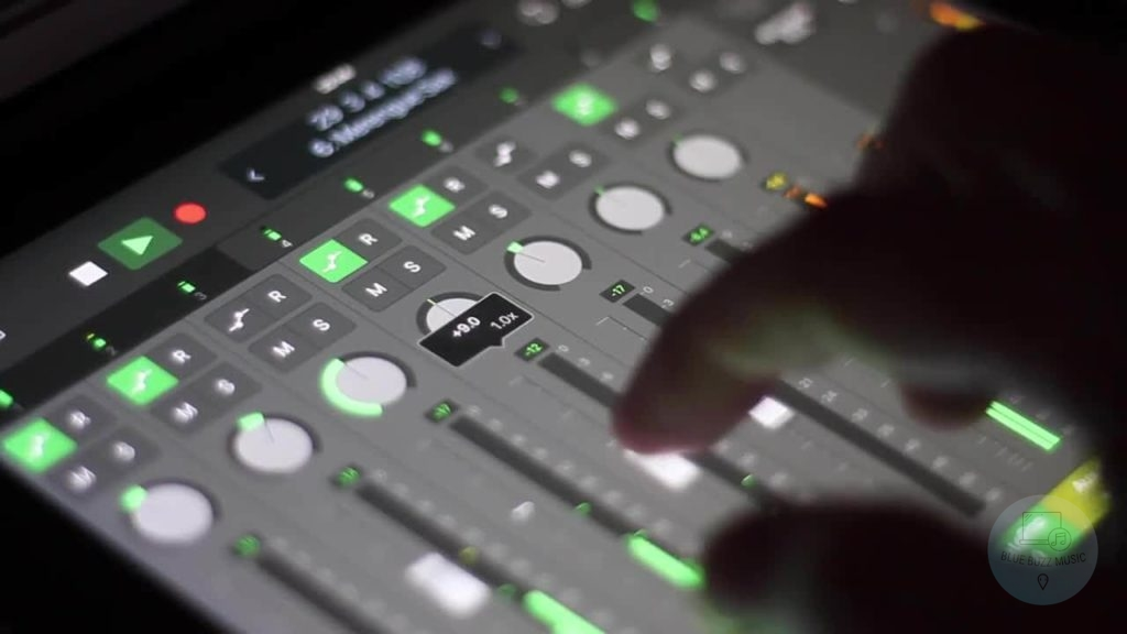 How to Choose the Best Tablet Controlled Mixer