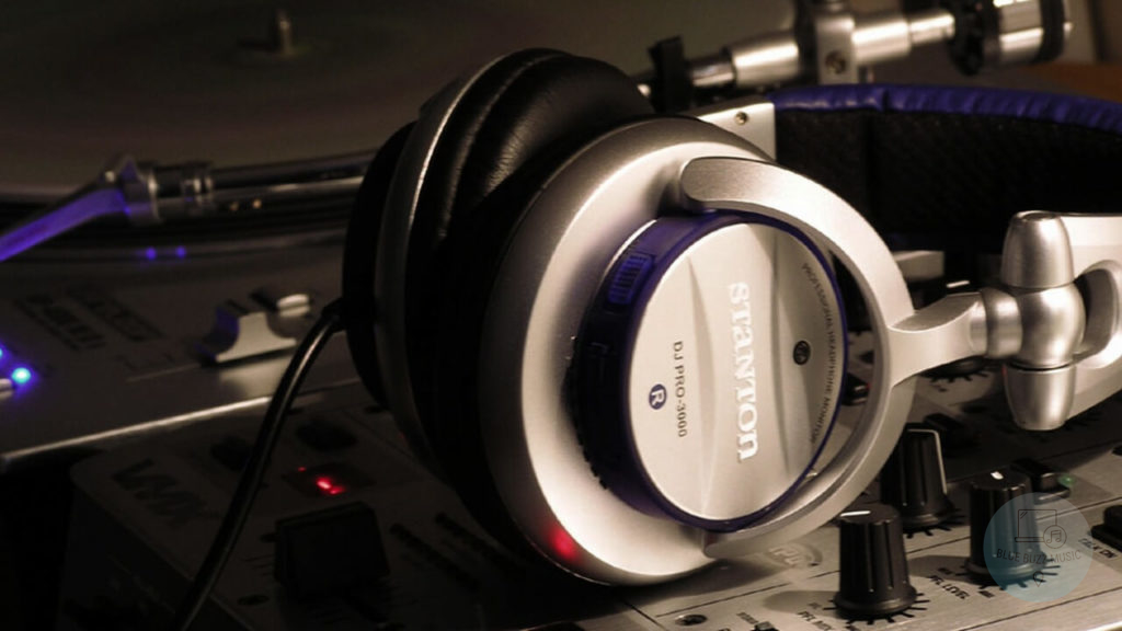 Everything You Need to Know About DJ Studio Headphones