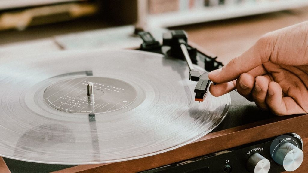 does playing a record at the wrong speed damage it - why do djs spin records